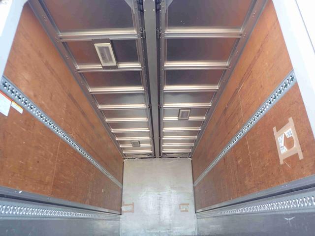 アルミウイング 3トン ワイドロング 床裏防水シート 6MT(10枚目)