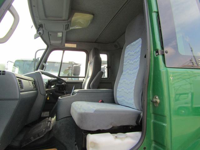 【車両総重量】13890kg  【最大積載量】7500kg  【対応免許】大型免許