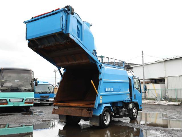 ◇プレス式パッカー車/塵芥車/ワイド/容積6.9立米/3t