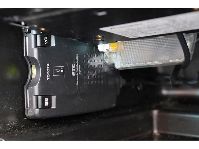 プジョー プジョー 206 RC限定車ハーフレザー HDDTVナビETC キセノン 禁煙