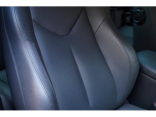 ベースグレード 6速ミッションターボ左ハンドルTVフルセグ地デジナビETCバックカメラ前後コーナーセンサーアクティブスポイラー禁煙灰皿未使用ヒルアシスト本革電動シートヒーター付HIDバイキセノンオートライト鑑定付(28枚目)