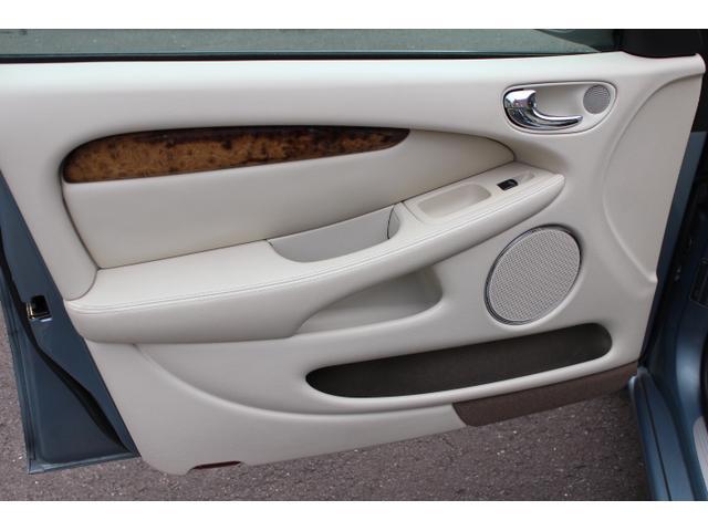 「ジャガー」「ジャガー Xタイプ」「セダン」「静岡県」の中古車15