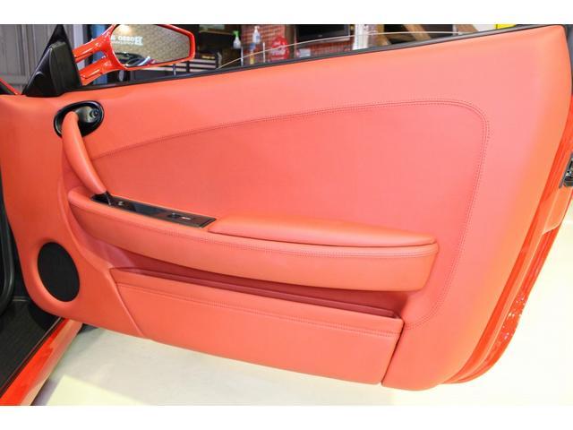 F1 正規D車 フルオプション ロッソスクーデリア カーボンブレーキ 赤革デイトナシート 純正ポリッシュアルミ(17枚目)