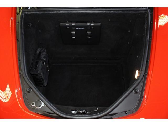F1 正規D車 フルオプション ロッソスクーデリア カーボンブレーキ 赤革デイトナシート 純正ポリッシュアルミ(18枚目)