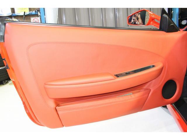 F1 正規D車 フルオプション ロッソスクーデリア カーボンブレーキ 赤革デイトナシート 純正ポリッシュアルミ(50枚目)