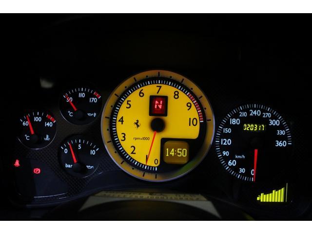 F1 正規D車 フルオプション ロッソスクーデリア カーボンブレーキ 赤革デイトナシート 純正ポリッシュアルミ(52枚目)