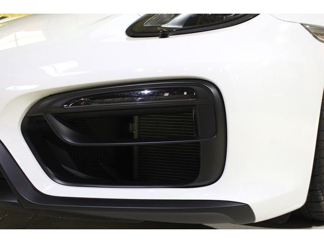 GTS 雨天未使用 スポーツクロノパッケージ アルミニウムパッケージ スポーツデザインステアリング スポーツエキゾーストシステム アルカンターラシート  ウィンカー 5ターンシグナル(23枚目)