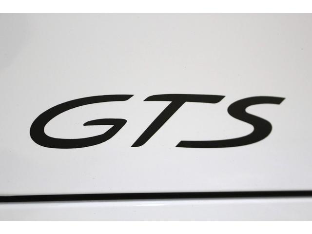 GTS 雨天未使用 スポーツクロノパッケージ アルミニウムパッケージ スポーツデザインステアリング スポーツエキゾーストシステム アルカンターラシート  ウィンカー 5ターンシグナル(26枚目)