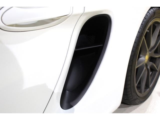 GTS 雨天未使用 スポーツクロノパッケージ アルミニウムパッケージ スポーツデザインステアリング スポーツエキゾーストシステム アルカンターラシート  ウィンカー 5ターンシグナル(29枚目)