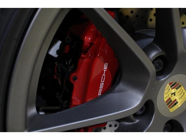 GTS 雨天未使用 スポーツクロノパッケージ アルミニウムパッケージ スポーツデザインステアリング スポーツエキゾーストシステム アルカンターラシート  ウィンカー 5ターンシグナル(31枚目)