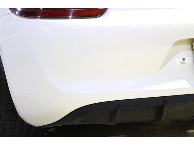 GTS 雨天未使用 スポーツクロノパッケージ アルミニウムパッケージ スポーツデザインステアリング スポーツエキゾーストシステム アルカンターラシート  ウィンカー 5ターンシグナル(32枚目)