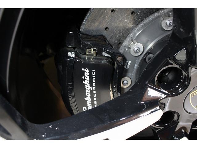 「ランボルギーニ」「ウルス」「SUV・クロカン」「愛知県」の中古車38