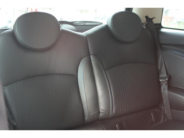 ストックヤードに車輌が保管されている場合がございますのでご来店予約をして頂けるとスムーズに紹介頂けます。052-720-8787まで。