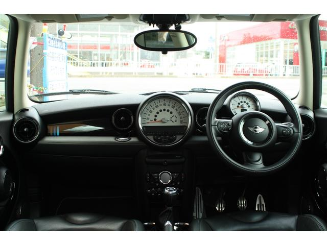 MINI MINI クーパーS 特別仕様車 専用レザーシート MT6速