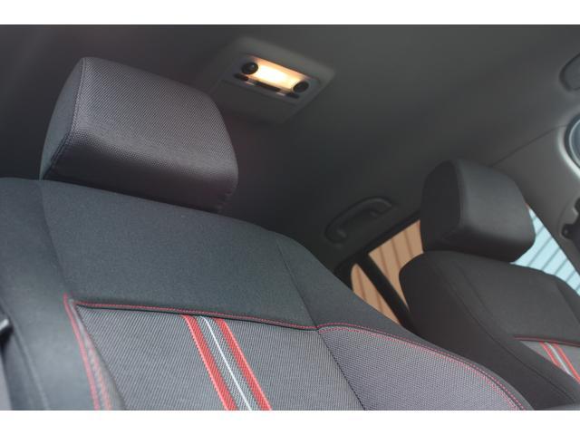 xDrive 20i スポーツ メディアンクロスインテリア(6枚目)