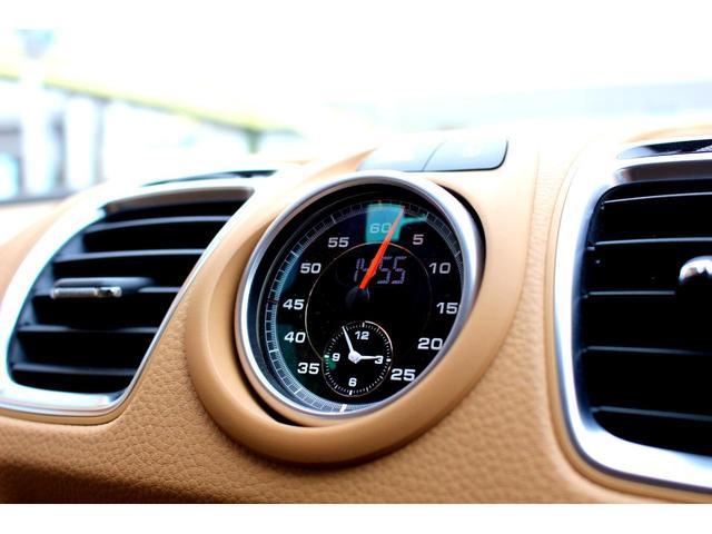 ベースグレード スポーツクロノ テックアート20AW テックアートF・Rスポイラー 車高調 GTステアリング ルクソールベージュレザー PDLS 純正ナビ フルセグ 電格ミラー 記録簿(5枚目)