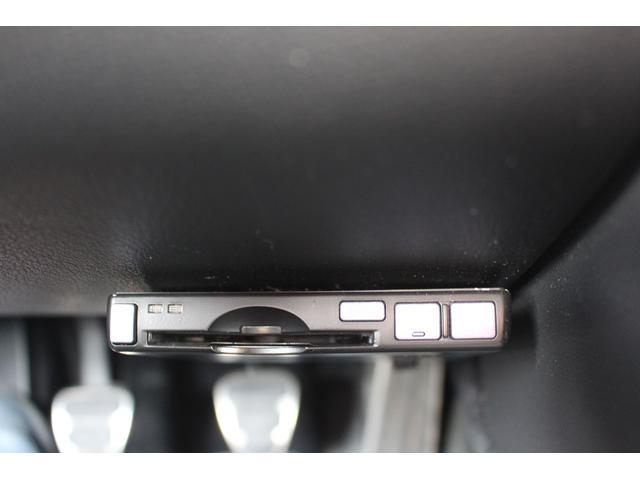 ベースグレード 5速MT PSM ブラックハーフレザー 左ハンドル カークレストキャップAW ETC HIDヘッド ディーラー車(18枚目)
