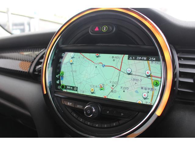 クーパーSD 後期型 LEDヘッドデイライト UJテール タッチパネル式ナビ バックカメラ コンフォートアクセス  MINIコントローラー ETC シートヒーター ディーラー車(10枚目)