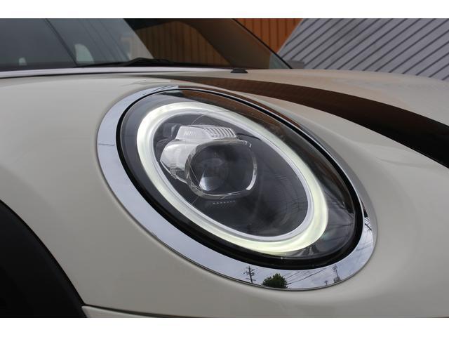 クーパーSD 後期型 LEDヘッドデイライト UJテール タッチパネル式ナビ バックカメラ コンフォートアクセス  MINIコントローラー ETC シートヒーター ディーラー車(19枚目)