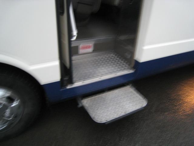 NOX適合バス送迎仕様バス自動ドア自動ステップモケットシート(8枚目)