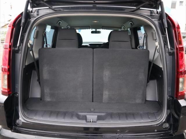 HDDナビエディション 新品ロクサーニアルミホイール 純正HDDナビ フルカラーバックビューモニター ETC車載器 三列シート オートライト オートエアコン ステアリングスイッチ キセノンヘッドライト(6枚目)