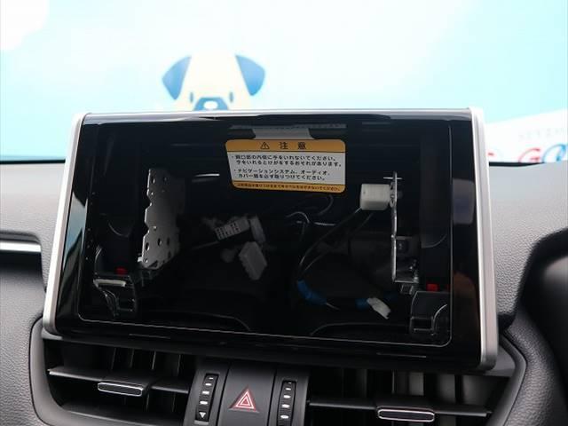 ハイブリッドG 新車未登録 サンルーフ トヨタセーフティセンス プリクラッシュブレーキ、レーダークルーズコントロール、レーンキープ等 LEDヘッドライト クリアランスソナー パワーシート シートヒーター スマホケース(3枚目)