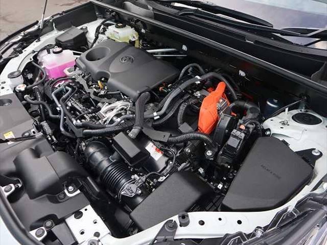 ハイブリッドG 新車未登録 サンルーフ トヨタセーフティセンス プリクラッシュブレーキ、レーダークルーズコントロール、レーンキープ等 LEDヘッドライト クリアランスソナー パワーシート シートヒーター スマホケース(5枚目)