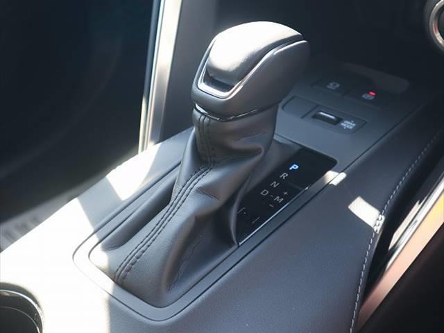 S 新車未登録 ディスプレイオーディオ セーフティセンス レーダークルーズコントロール クリアランスソナー LEDヘッドライト LEDフォグランプ 純正アルミホイール バックカメラ(7枚目)