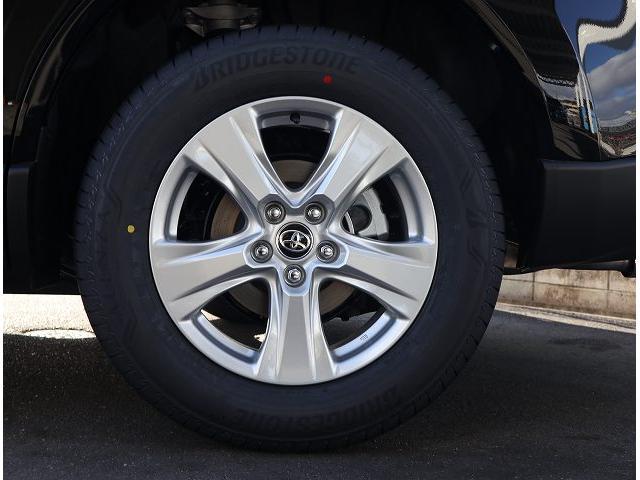 S 新車未登録 ディスプレイオーディオ セーフティセンス レーダークルーズコントロール クリアランスソナー LEDヘッドライト LEDフォグランプ 純正アルミホイール バックカメラ(21枚目)