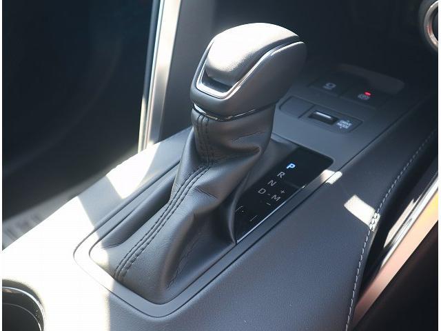 S 新車未登録 ディスプレイオーディオ セーフティセンス レーダークルーズコントロール クリアランスソナー LEDヘッドライト LEDフォグランプ 純正アルミホイール バックカメラ(40枚目)