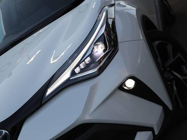 ハイブリッド G 衝突軽減装置 ディスプレイオーディオ LEDヘッドライト ナビ レーダークルーズコントロール フォグランプ 純正18インチAW USBポート オートマチックハイビーム ハーフレザー(9枚目)