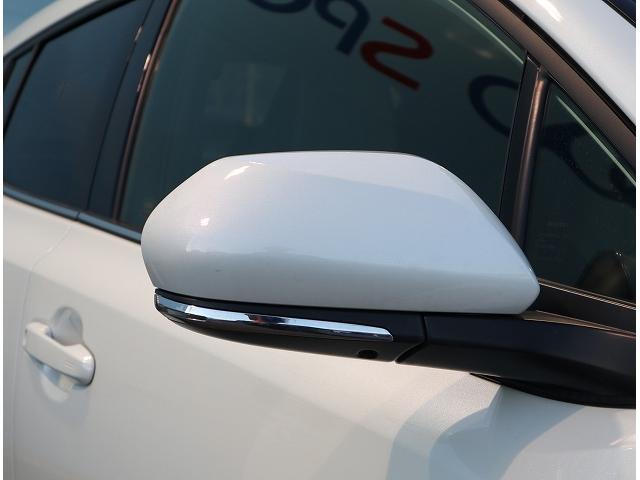 ハイブリッド G 衝突軽減装置 ディスプレイオーディオ LEDヘッドライト ナビ レーダークルーズコントロール フォグランプ 純正18インチAW USBポート オートマチックハイビーム ハーフレザー(26枚目)
