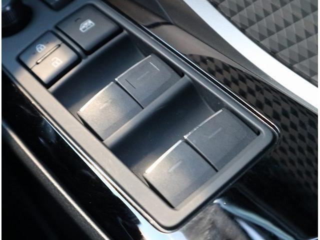 ハイブリッド G 衝突軽減装置 ディスプレイオーディオ LEDヘッドライト ナビ レーダークルーズコントロール フォグランプ 純正18インチAW USBポート オートマチックハイビーム ハーフレザー(32枚目)