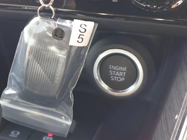 G 新車未登録 衝突軽減 ディスプレイオーディオ LEDヘッド パワーバックドア ハーフレザーシート スマートキー レーンキープ 18インチアルミ 前後ドライブレコーダー(5枚目)