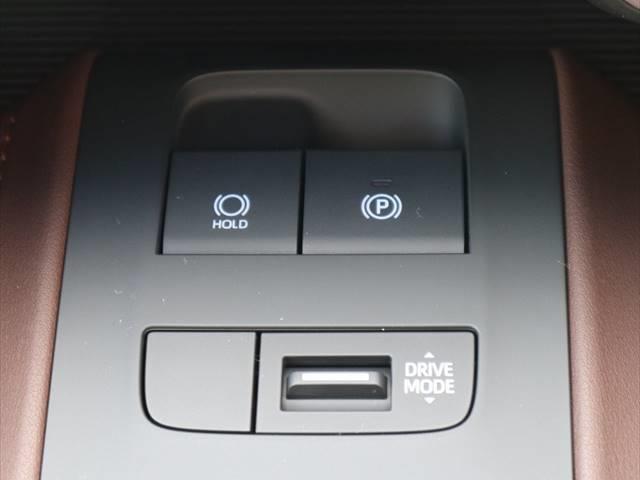 G 新車未登録 衝突軽減 ディスプレイオーディオ LEDヘッド パワーバックドア ハーフレザーシート スマートキー レーンキープ 18インチアルミ 前後ドライブレコーダー(8枚目)