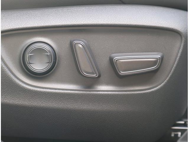 G 新車未登録 衝突軽減 ディスプレイオーディオ LEDヘッド パワーバックドア ハーフレザーシート スマートキー レーンキープ 18インチアルミ 前後ドライブレコーダー(32枚目)
