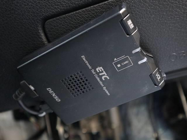 20X 後期 SDナビ地デジ 全方位カメラ LEDライト クリアランスソナー ETC パワーバックドア フォグランプ デジタルインナーミラー アイドリングストップ 純正アルミ(6枚目)