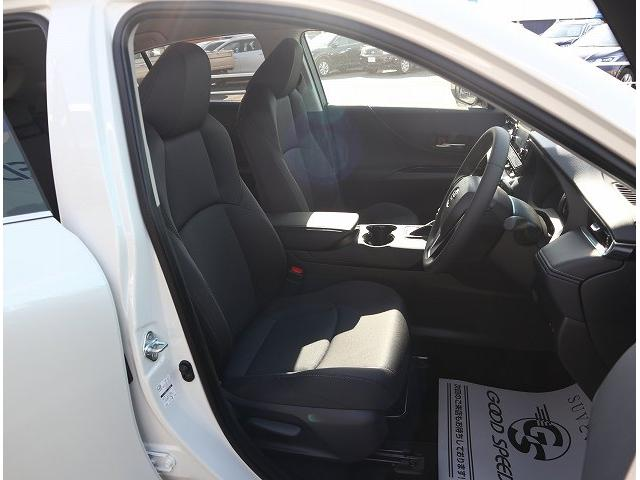 S ディスプレイオーディオ セーフティセンス LEDヘッドライト レーンキープ オートマチックハイビーム 純正17インチアルミホイール クリアランスソナー(8枚目)