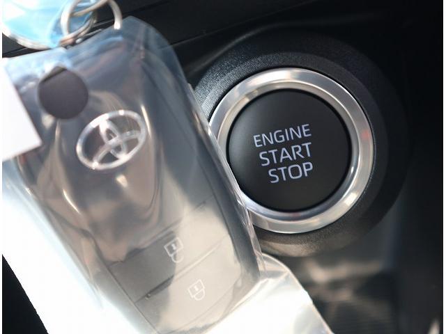 S ディスプレイオーディオ セーフティセンス LEDヘッドライト レーンキープ オートマチックハイビーム 純正17インチアルミホイール クリアランスソナー(13枚目)