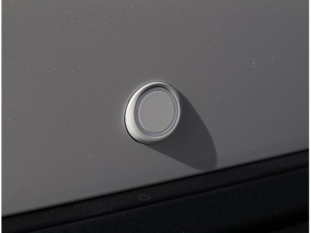 S ディスプレイオーディオ セーフティセンス LEDヘッドライト レーンキープ オートマチックハイビーム 純正17インチアルミホイール クリアランスソナー(31枚目)