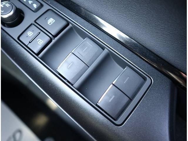 S ディスプレイオーディオ セーフティセンス LEDヘッドライト レーンキープ オートマチックハイビーム 純正17インチアルミホイール クリアランスソナー(36枚目)