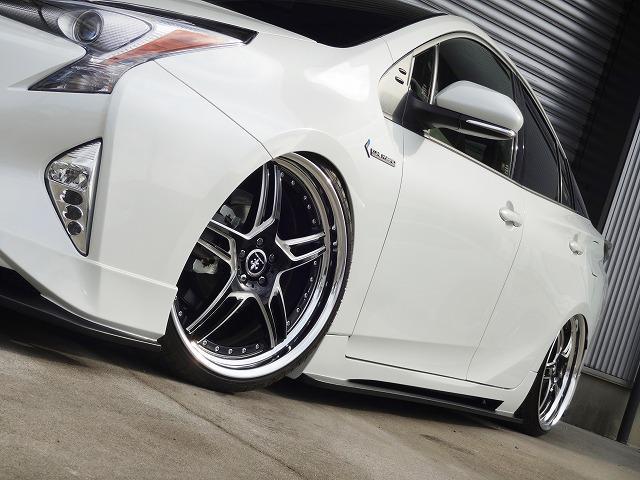 トヨタ プリウス S KUHLHYBRIDベーシックコンプリートVER1車高調
