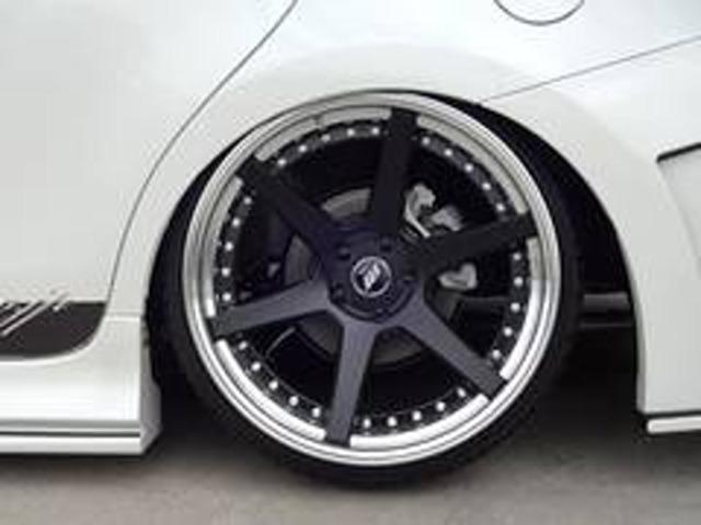 S KUHLバンパーフルエアロBLITZ車高調19インチAW(6枚目)