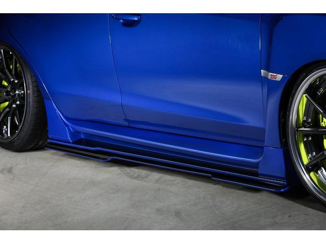 KUHL新作サイドステップも価格に含みます!エアロパーツはKUHL内製工場にて製造した安心の日本製ですので品質に自信あります!純正バンパー下部に装着!写真のデモカーに装着済みサイドディフューザーは別売