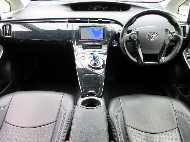 トヨタ プリウス S トミーカイラフルエアロ 車高調 ワーク18インチAW