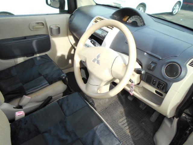 三菱 eKワゴン M 5速マニュアル車 MD エアバッグ ABS パワステ