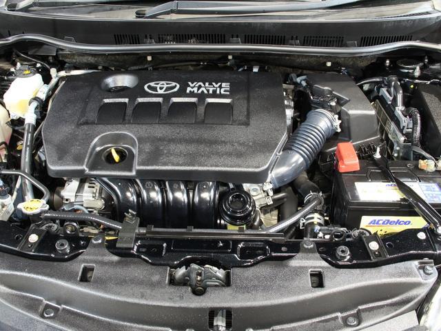 エンジンは程度の良い状態が保たれております。今まできちんとメンテナンスされていた様子がうかがえます。