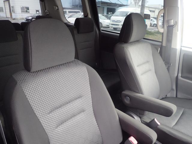 トヨタ ノア S 1オーナー 両側電動ドア 車高調 19AW 地デジナビ