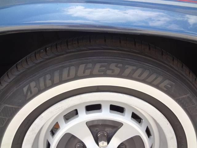 ブリジストンのレグノは数あるタイヤの中でも上級グレードで乗り心地、静粛性に長けています。