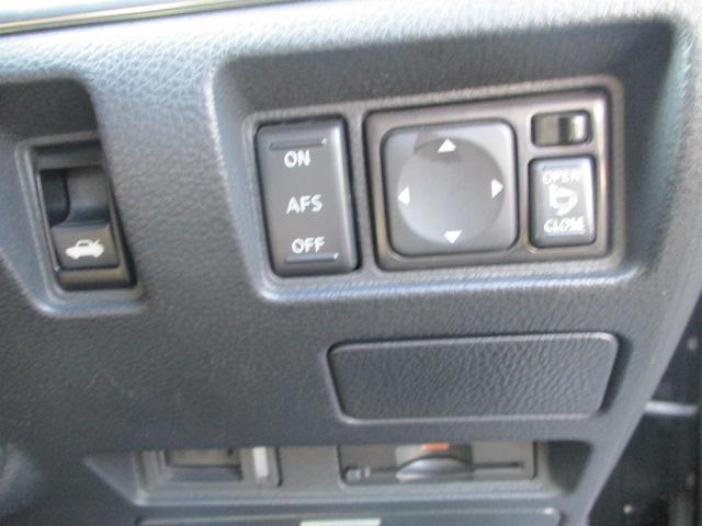 250GT タイプP HDD地デジナビ Bluetooth HDD地デジナビ Bluetooth オートエアコン 電動格納ウィンカーミラー サンルーフ サイドカメラ バックカメラ 電動リアサンシェード HID ETC インテリキー プッシュスタート PS PW(26枚目)